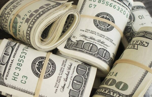 Ten thousand dollars ($10.000)